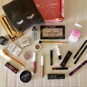 Bundle 20+ Beauty Items & Makeup Cloth 😍 💄